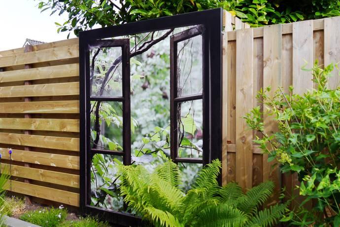 Topkwaliteit tuinposter op stevig houten frame